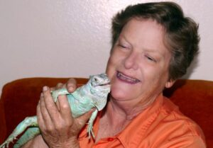 elaine a powers with hybrid green iguana